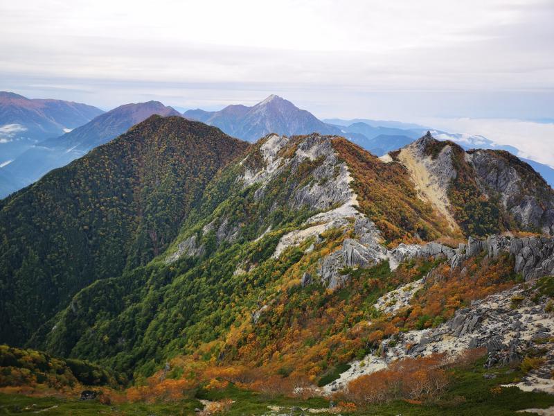 鳳凰三山で滝と紅葉めぐり