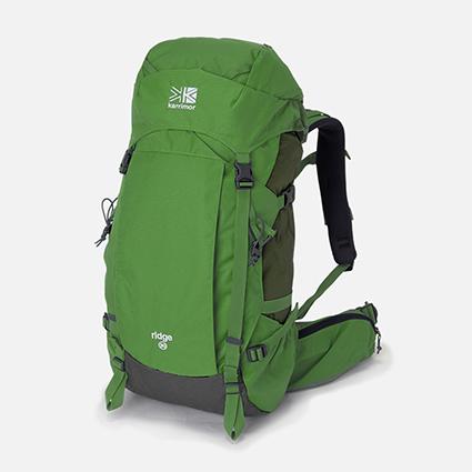 b64588841a8d アジアでは日本のように舗装された道が少なかったり、ヨーロッパでは石畳の道が多い為、鞄を引いて歩くのは結構大変…。 バックパックを使えばスムーズに移動できるだけ  ...